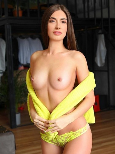 Teen Escort Alena in Moscow, Russia - Photo: 4