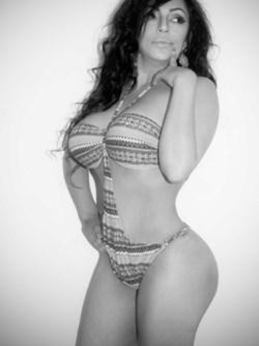 Teen Escort Elena B in Sliema, Malta - Photo: 5