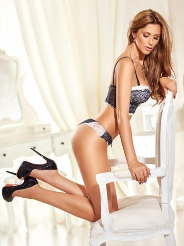 Teen Escort Teresa in London, United Kingdom - Photo: 5