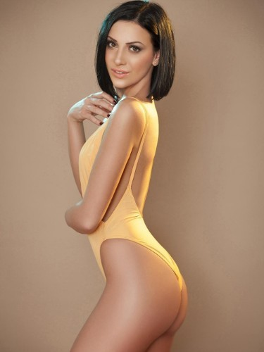 Teen Escort Helena in London, United Kingdom - Photo: 5