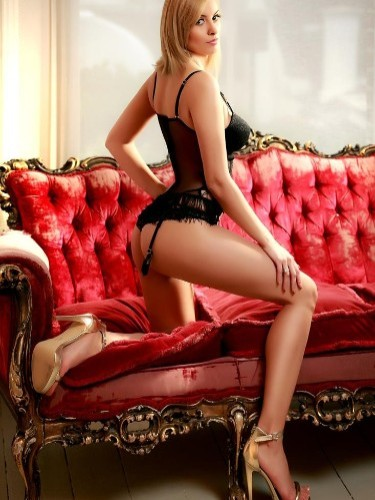 Teen Escort Gemma in London, United Kingdom - Photo: 7