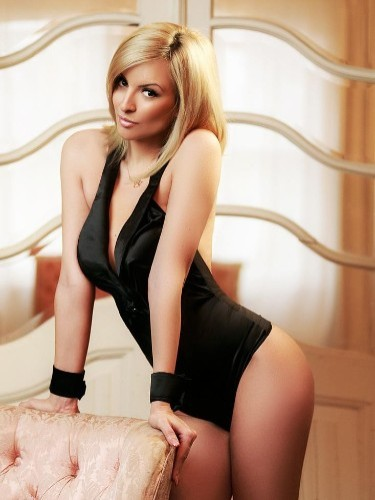 Teen Escort Gemma in London, United Kingdom - Photo: 6