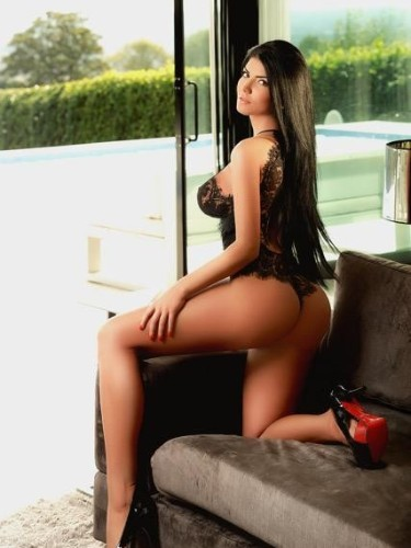 Teen Escort Taisa in London, United Kingdom - Photo: 4