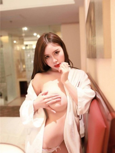 Teen Escort Choi yujung in Hong Kong, Hong Kong - Photo: 3