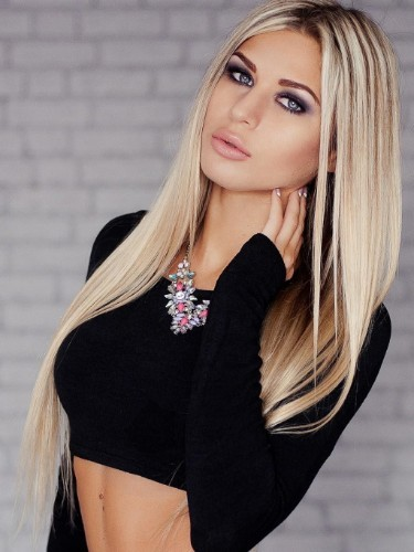 Teen Escort Alena in Moscow, Russia - Photo: 1