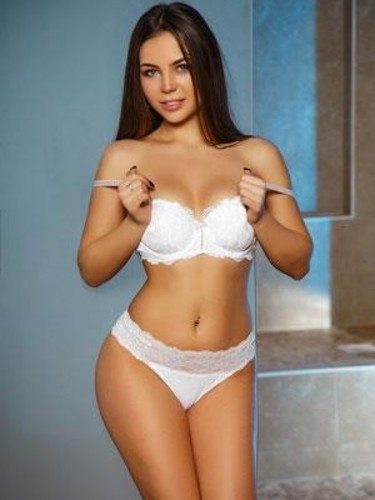 Teen Escort Megan in London, United Kingdom - Photo: 1