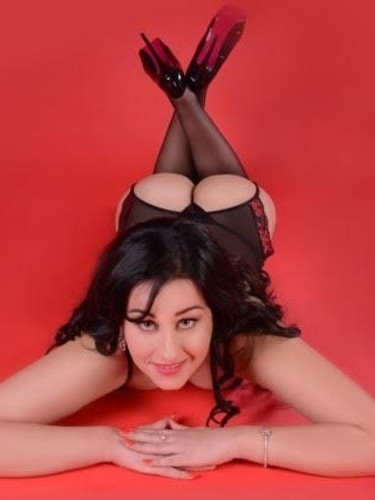 Teen Escort Giselle in London, United Kingdom - Photo: 3
