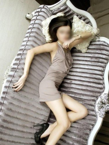 Teen Escort Pear in Bucharest, Romania - Photo: 1