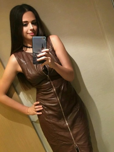 Teen Escort Anita in Istanbul, Turkey - Photo: 2