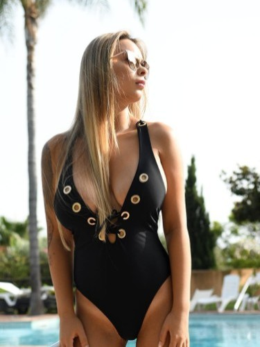Escort Angela in Marbella, Spain - Photo: 3