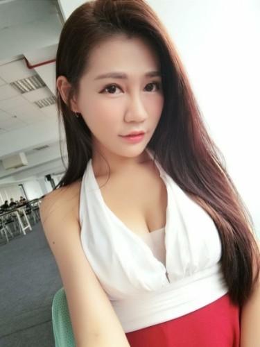 Teen Escort Rita in Hong Kong, Hong Kong - Photo: 5