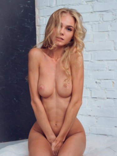Teen Escort Milia Blonde in Milan, Italy - Photo: 6