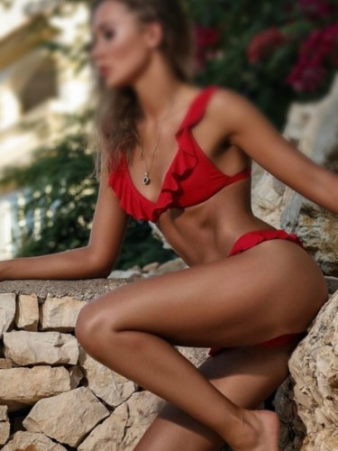 Escort Emma in Limassol, Cyprus - Photo: 4