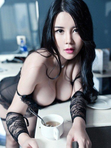 Teen Escort Lilyan in Guangzhou, China - Photo: 4