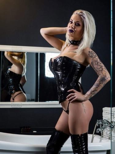 Fetish Mistress Escort Mistress Kiana in Antwerp, Belgium - Photo: 7