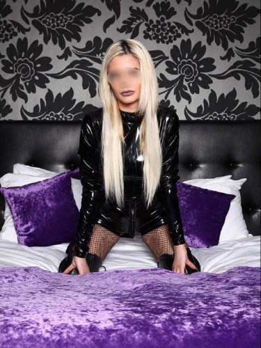 Fetish Mistress Escort Carina in Amersfoort, Netherlands - Photo: 3