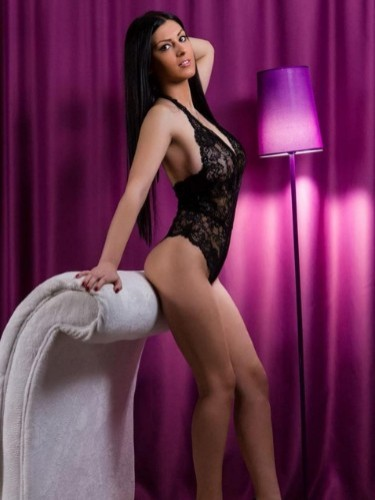 Teen Escort Erica in Roosendaal, Netherlands - Photo: 2