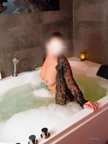 Escort Ashley in Rotterdam, Netherlands - Photo: 6