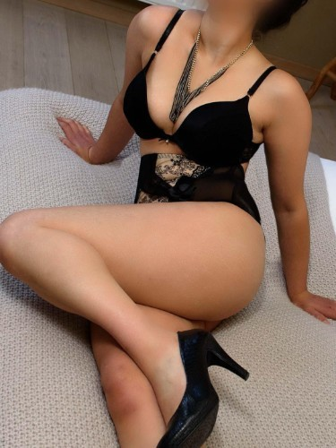Teen Escort Camilla in Kortrijk, Belgium - Photo: 2
