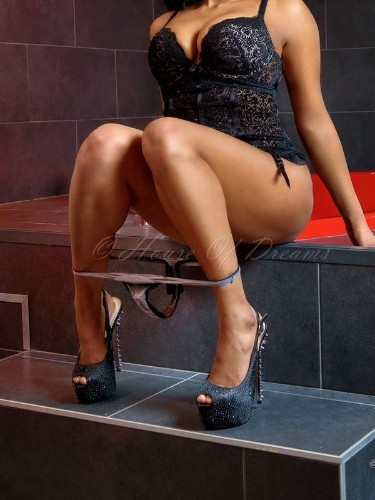 Teen Escort Chanel in Amersfoort, Netherlands - Photo: 4