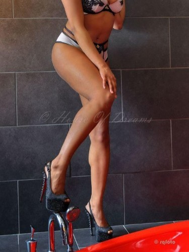 Teen Escort Chanel in Amersfoort, Netherlands - Photo: 7