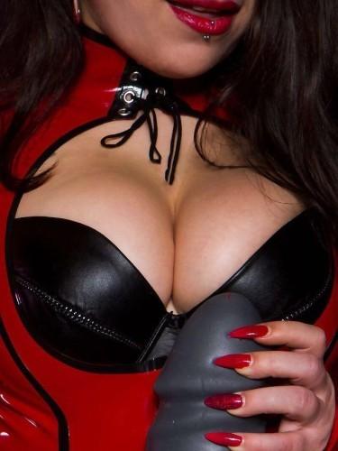 Fetish Mistress Escort Lucy in Almere, Netherlands - Photo: 6
