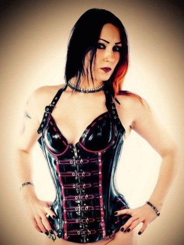 Fetish Mistress Escort Mrs Poison in Almere, Netherlands - Photo: 7