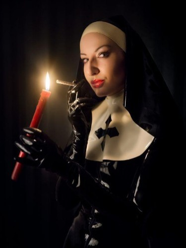 Fetish Mistress Escort Mrs Alice in Almere, Netherlands - Photo: 3