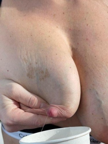 Fetish Milf Escort Lactating Stacy in Stockholm, Sweden - Photo: 5