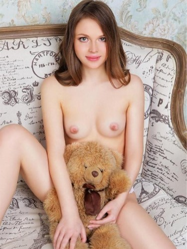 Teen Escort Mishell in Moscow, Russia - Photo: 2