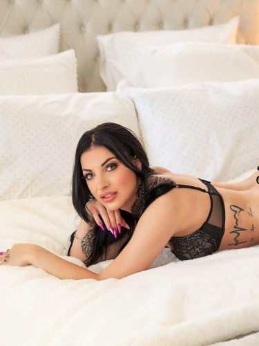 Teen Escort Pelania in London, United Kingdom - Photo: 5