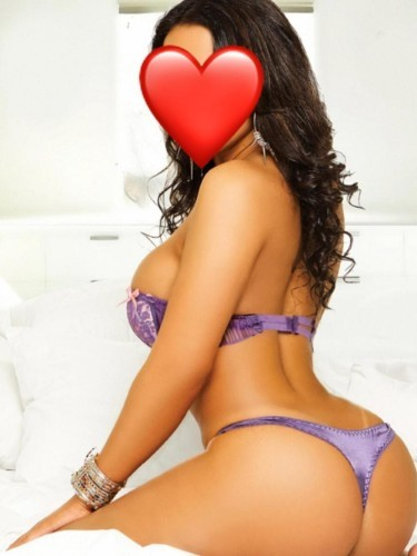 Teen Escort Bella in Izmir, Turkey - Photo: 4