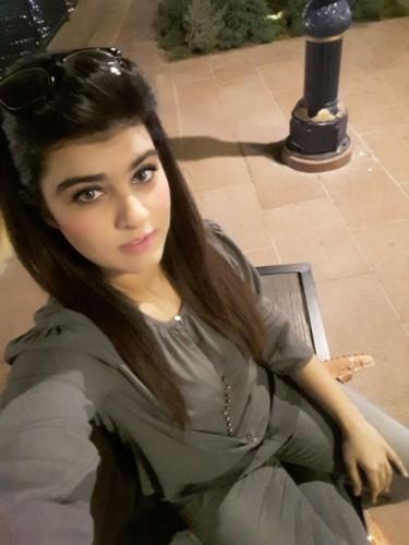 Teen Escort Miss Taniya in Dubai, United Arab Emirates - Photo: 4