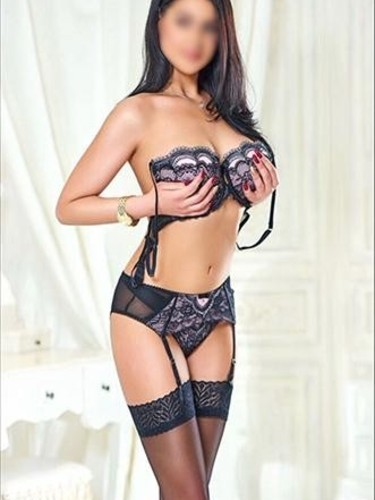 Elite Escort Agency Amsterdam Confidential in Netherlands - Photo: 2 - Roxy