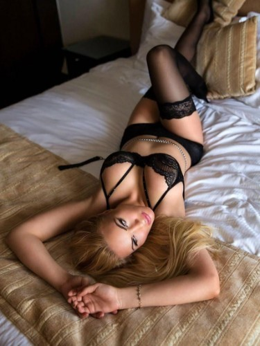 Teen Escort Anays in Amsterdam, Netherlands - Photo: 4