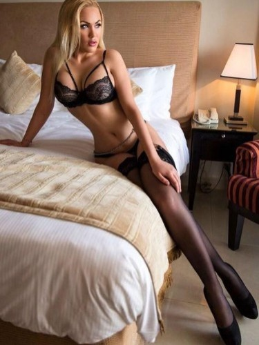Teen Escort Anays in Amsterdam, Netherlands - Photo: 1