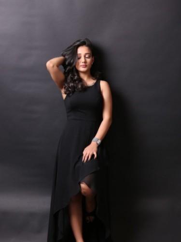 Fetish Teen Escort Miss Pari in Dubai, United Arab Emirates - Photo: 5