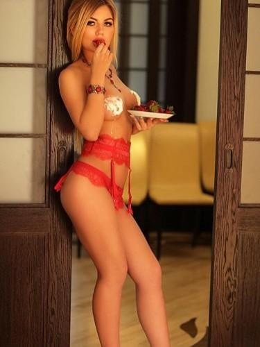 Teen Escort Amelia in Luxembourg, Luxembourg - Photo: 1