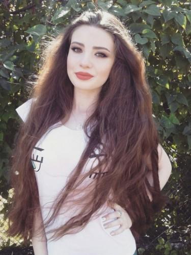 Teen Escort Melanie in Istanbul, Turkey - Photo: 5