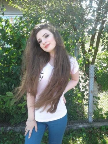 Teen Escort Melanie in Istanbul, Turkey - Photo: 6