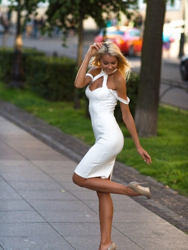Teen Escort Elizaveta in St Petersburg, Russia - Photo: 7