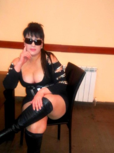 Escort Tina in Yerevan, Armenia - Photo: 3