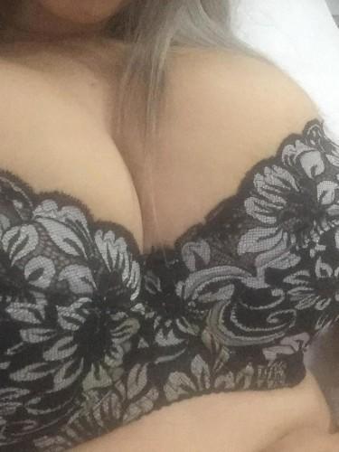 Teen Escort Big Tits Sisters in Istanbul, Turkey - Photo: 3