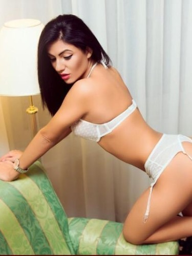 Teen Escort Beatrice in Leicester, United Kingdom - Photo: 6