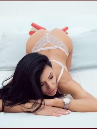 Teen Escort Beatrice in Leicester, United Kingdom - Photo: 5