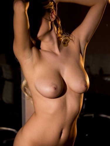 Escort Maria in Limassol, Cyprus - Photo: 3