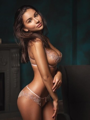 Teen Escort Alina in Moscow, Russia - Photo: 7