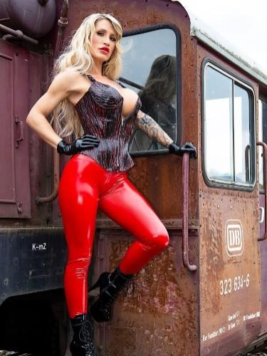 Fetish Mistress Escort Calea Toxic in Almere, Netherlands - Photo: 6