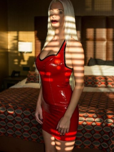 Fetish Mistress Escort Lady Michela in Utrecht, Netherlands - Photo: 2