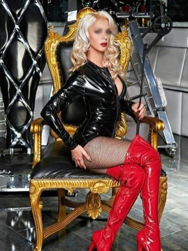 Fetish Mistress Escort Lady Michela in Utrecht, Netherlands - Photo: 6